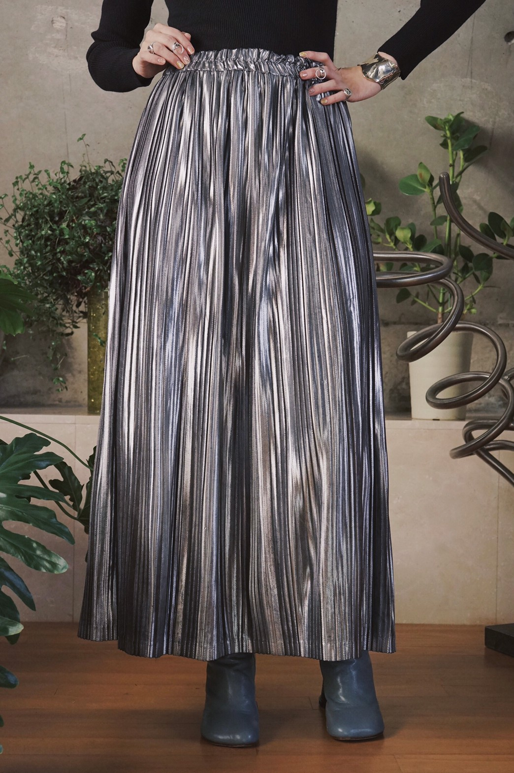 Foil printed pleats skirt / Silver